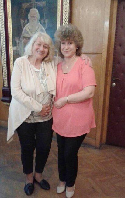 Кети Райкова с проф. д-р Елена Русинова