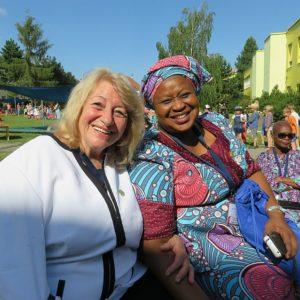 Проф. Русинова с колеги на посещение в чешка детска градина